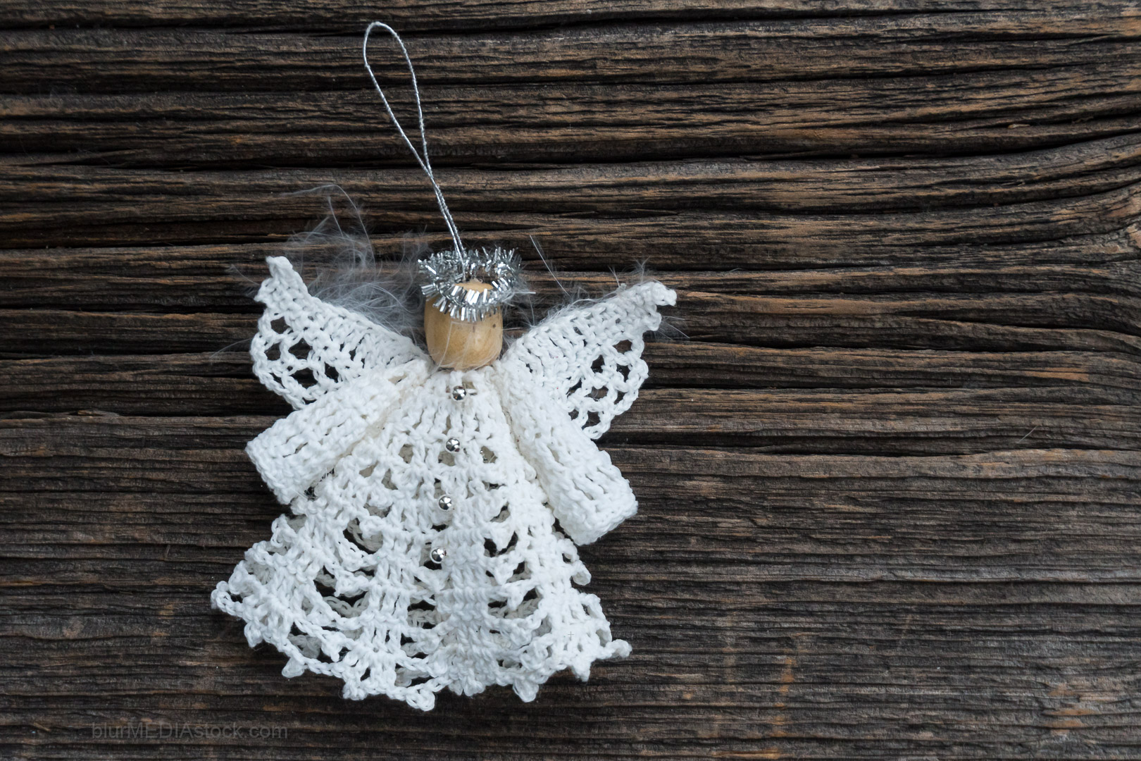Trendy Stylish Christmas Ornament on Vintage Barn Board With Cop